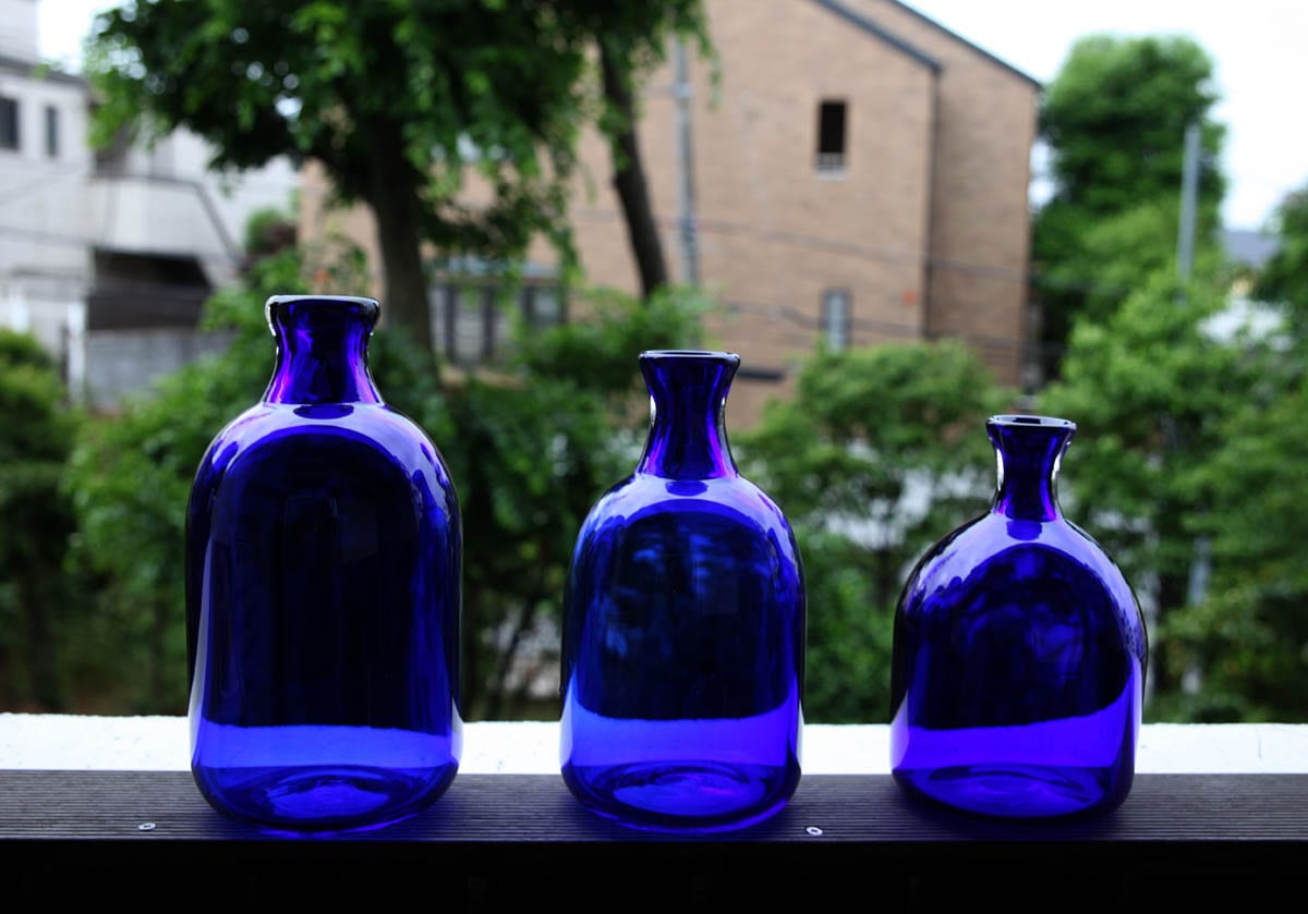 blue-jugs2